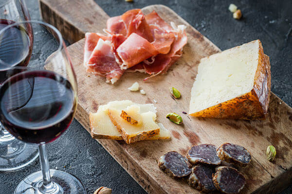 Quel vin rouge pour fromage : conseils - Enoteca Divino